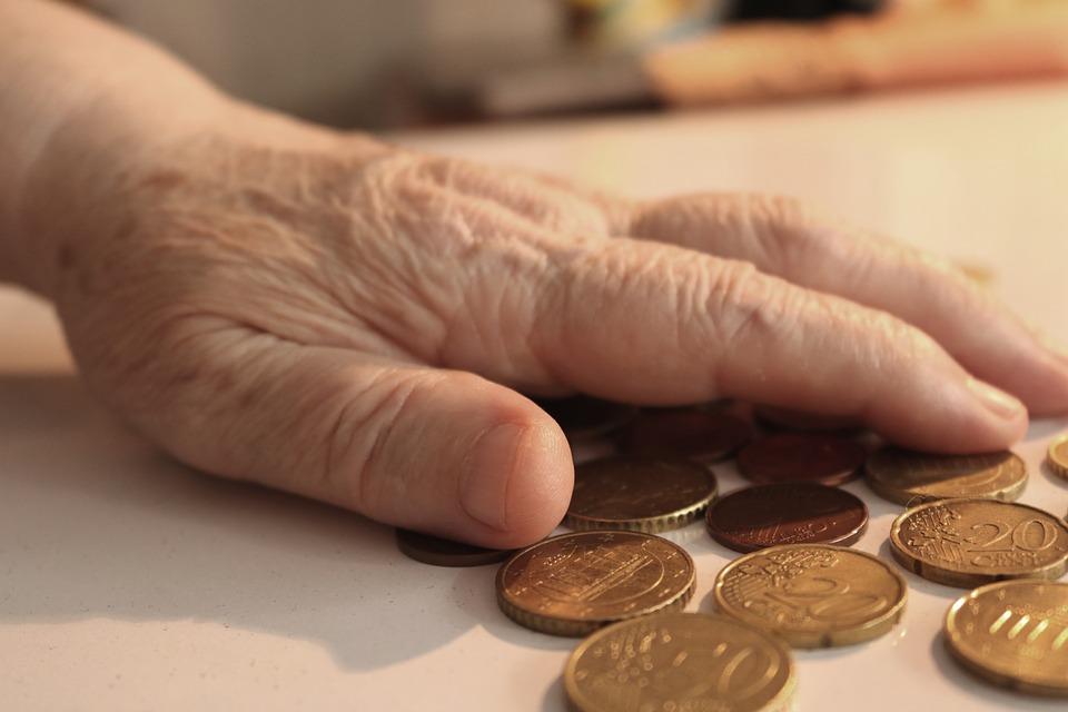 Вдовишки пенсии и вдовишки добавки към пенсията