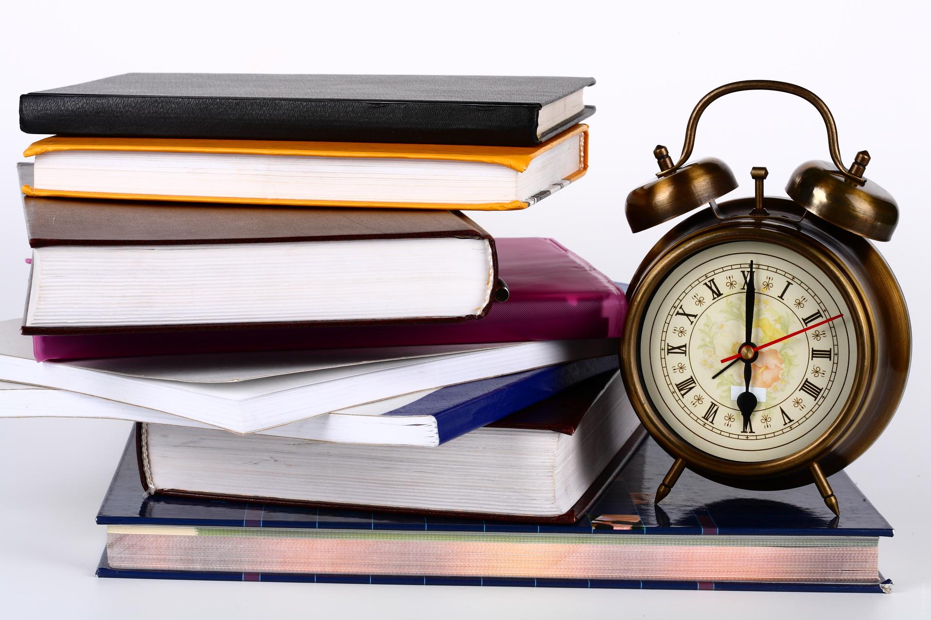 Срокове при назначаване и ползване на отпуск от служител