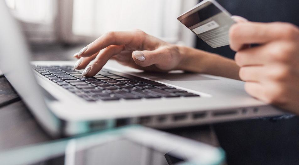 Предвиждат забрана за онлайн търговците и санкции при нарушения спрямо ЗЗП