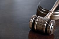 Право на ползване на платен отпуск